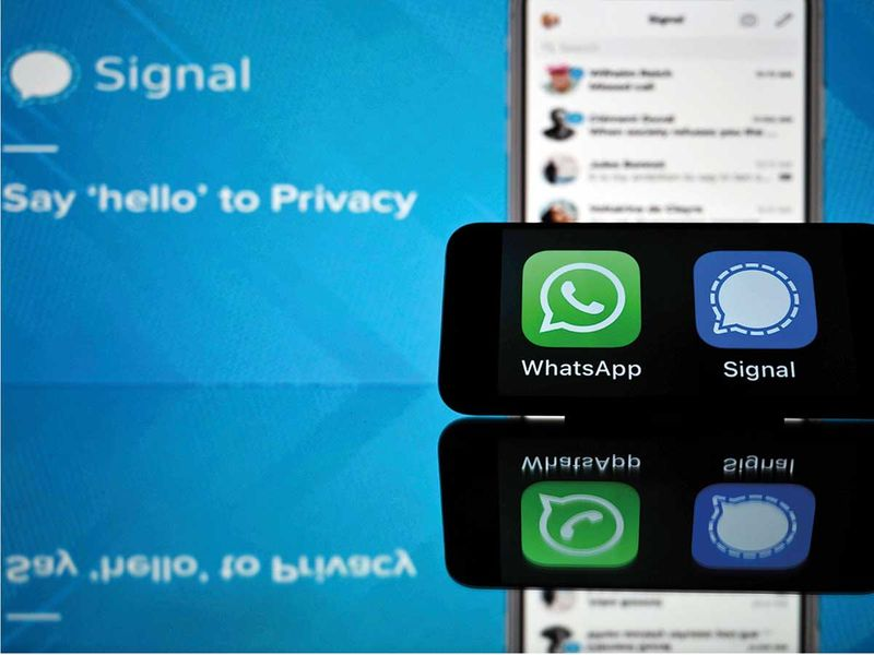 Messaging app Signal is on the top downloads on Apple Store and Google Play after WhatsApp asked its users to accept new terms.
