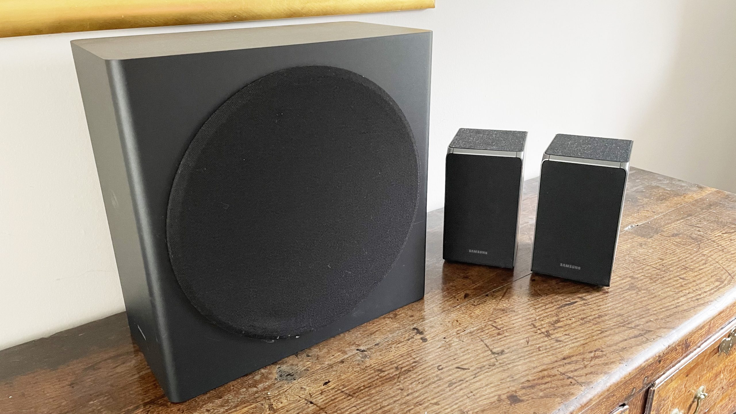 Samsung HW-Q950A subwoofer with speakers